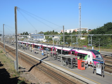 Trains et bus