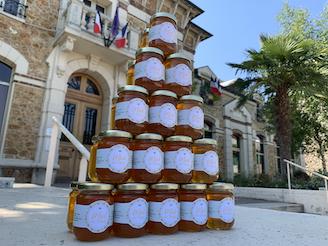 Une excellente première récolte de miel