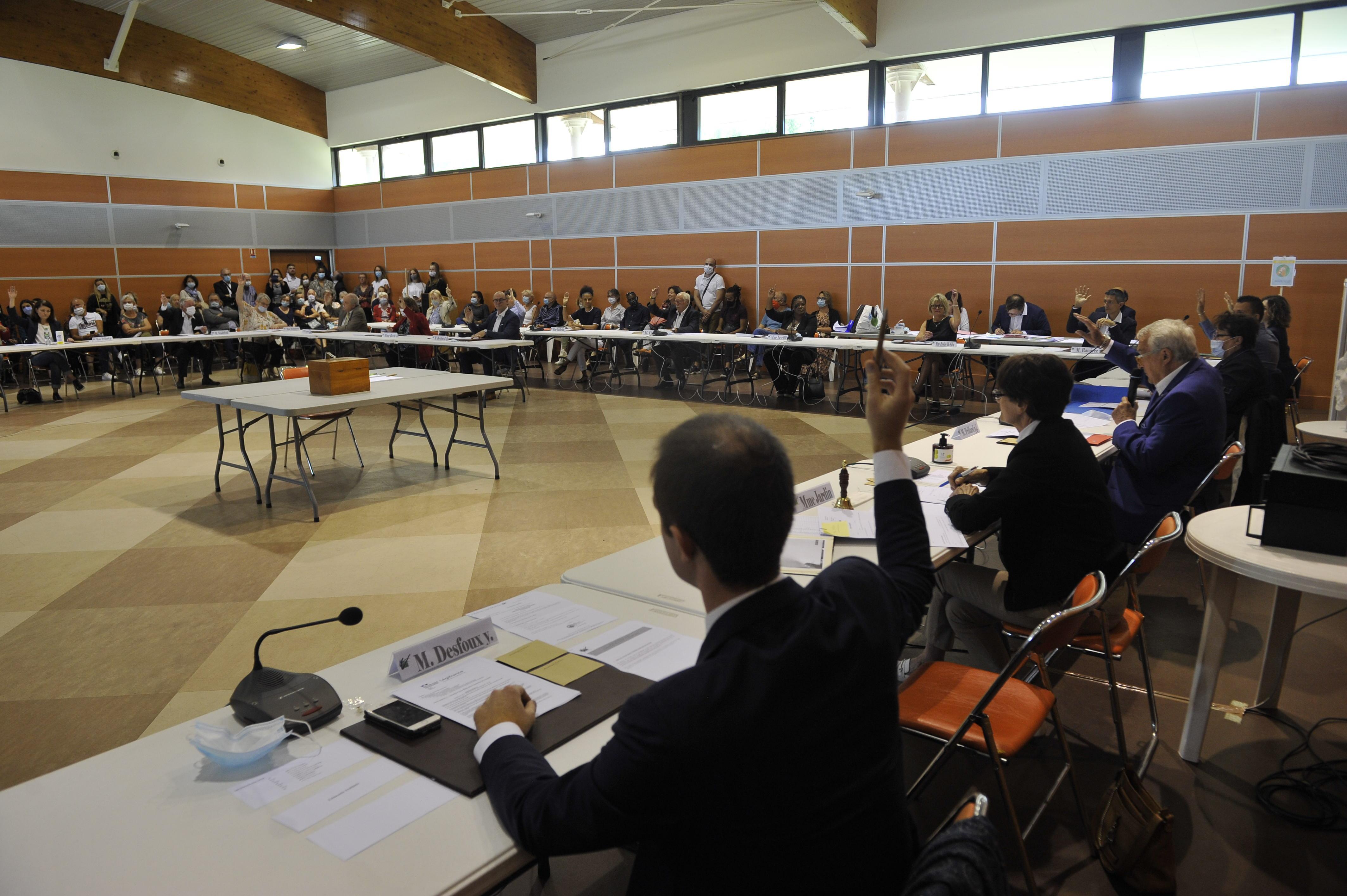 Comptes-rendu des Conseils municipaux